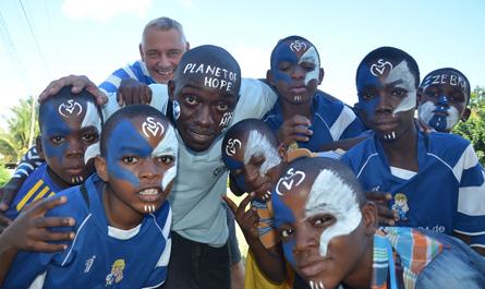 Tanzania Football Federation (TFF) bietet TanZebras einen Platz in der 4. Liga an